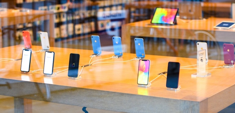 Which iPhone should I buy? Get the best model for you