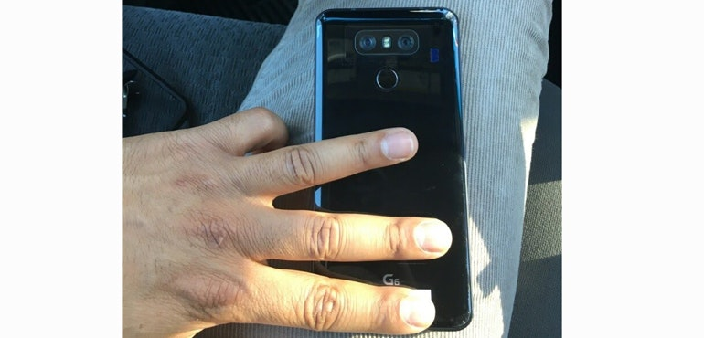 LG G6: New leak shows glossy black finish, dual cameras