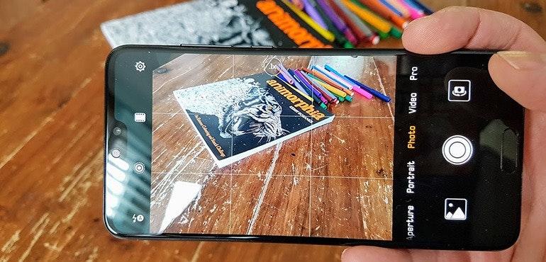 Huawei P20 Pro vs Samsung Galaxy S9 vs iPhone X zoom shootout