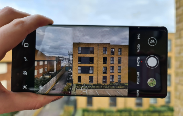 Nokia 8.3 camera interface