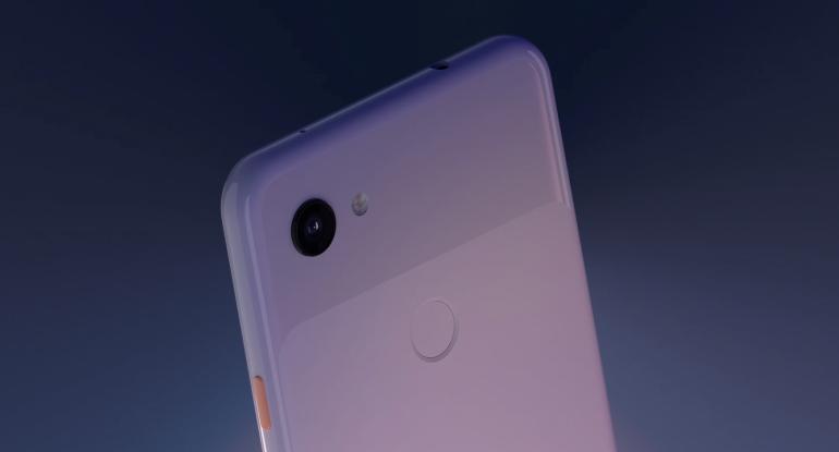 Google Pixel 3a back closeup
