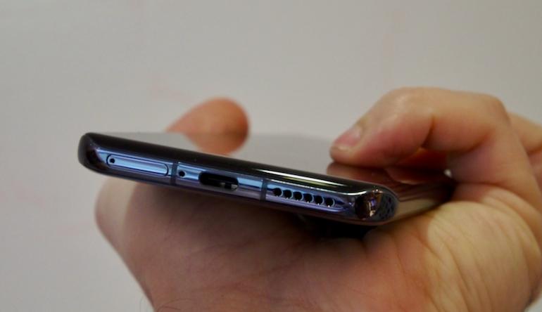 Huawei P40 Pro bottom