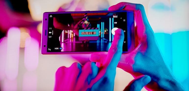 Sony Xperia XZ2 camera recording hero size