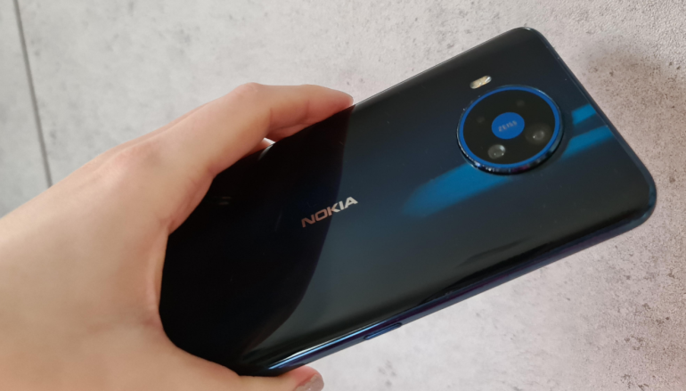 Nokia 8.3 in hand back